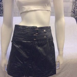 NWOT Seductions black shiny zip front mini skirt